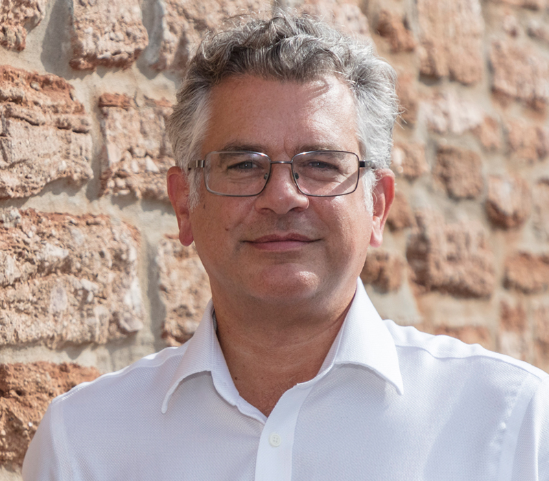 Dr David Hill